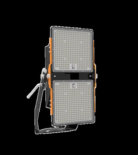 Grupo Empresarial PLAZALED - FOCO LED GRANDES ALTURAS 400W - PLAZALED rótulos led electrónicos, pantallas led electrónicas